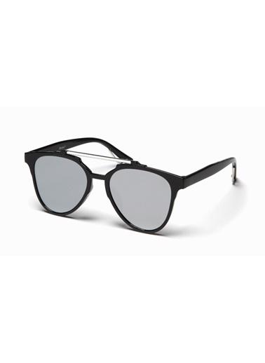 Güneş Gözlüğü Belletti